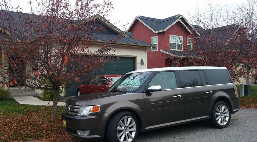 Main photo of Nick Neuhart's 2011 Ford Flex