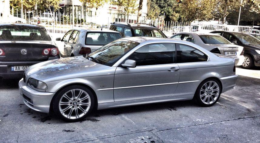 Main photo of Xheis Cangu's 2001 BMW 3 Series