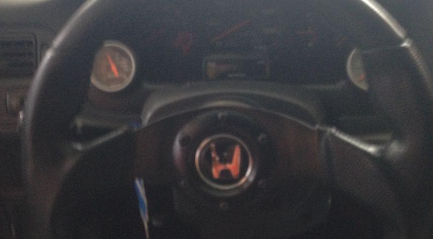 Main photo of Mostafa Salem's 1998 Honda Civic