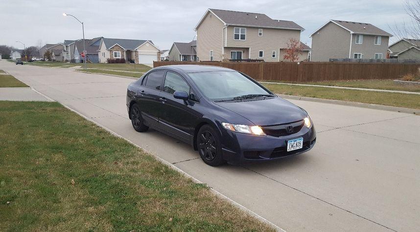 Main photo of Jak Carfrae's 2010 Honda Civic