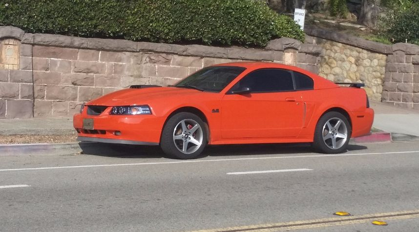 Main photo of Sonny Quick's 2004 Ford Mustang