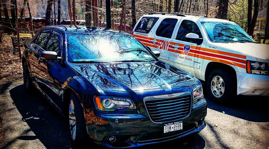 Main photo of Aaron Cope's 2013 Chrysler 300