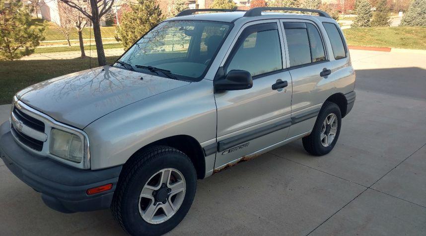 Main photo of C.J. Howard's 2003 Chevrolet Tracker