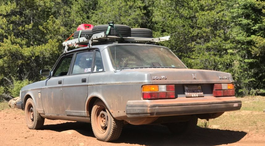 Main photo of Chase R's 1992 Volvo 240