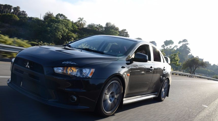 Main photo of CJ Rastian's 2013 Mitsubishi Lancer Evolution