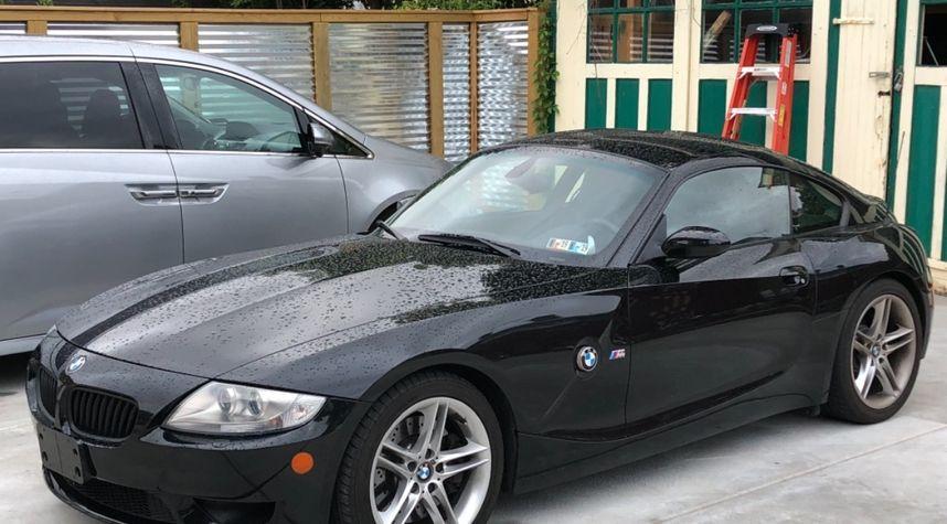 Main photo of Deon Li's 2007 BMW Z4 M