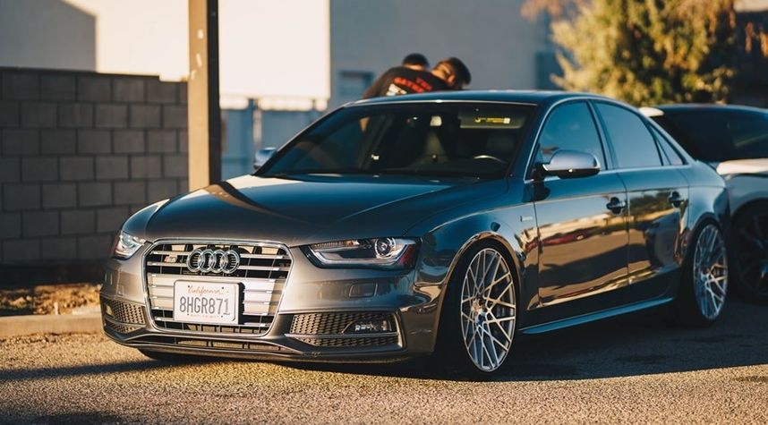 Main photo of Mike Richardson's 2013 Audi S4