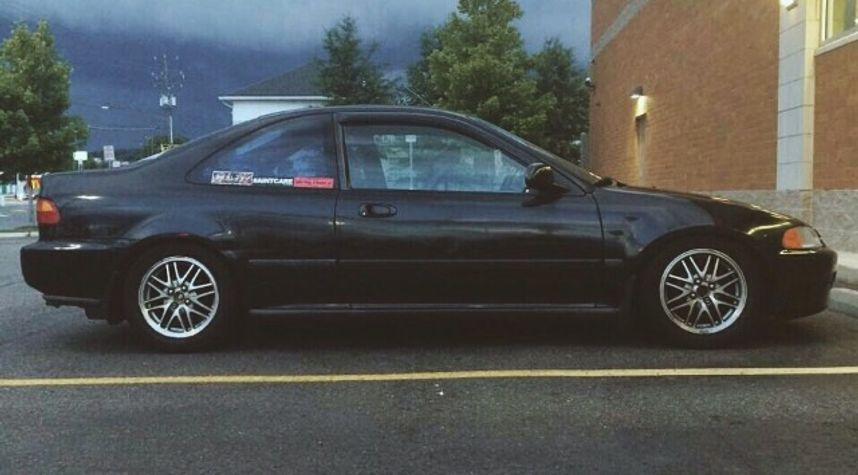 Main photo of Carlos Lagunas's 1994 Honda Civic