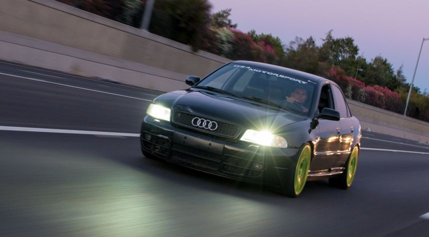 Main photo of Zach Faires's 2001 Audi S4