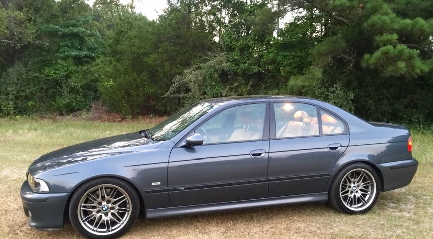 Main photo of Jim Chen's 2001 BMW M5