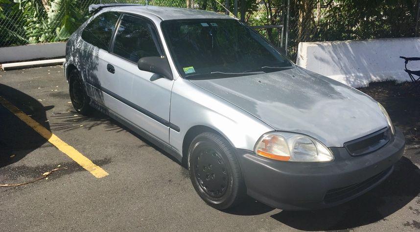 Main photo of Kevin Rosado's 1998 Honda Civic
