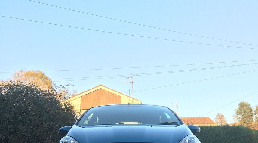 Main photo of Tom Evans's 2013 Ford Fiesta