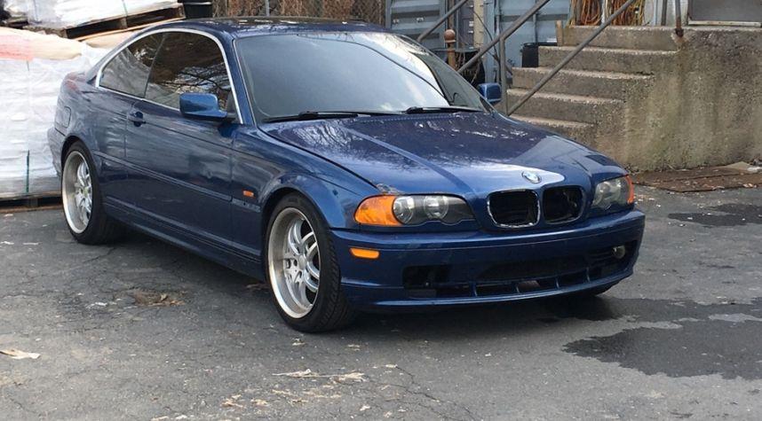 Main photo of William  Orluk's 2000 BMW 3 Series