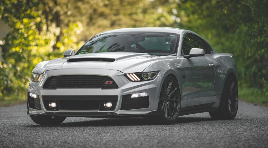 Main photo of Jaron Cole's 2015 Ford Mustang