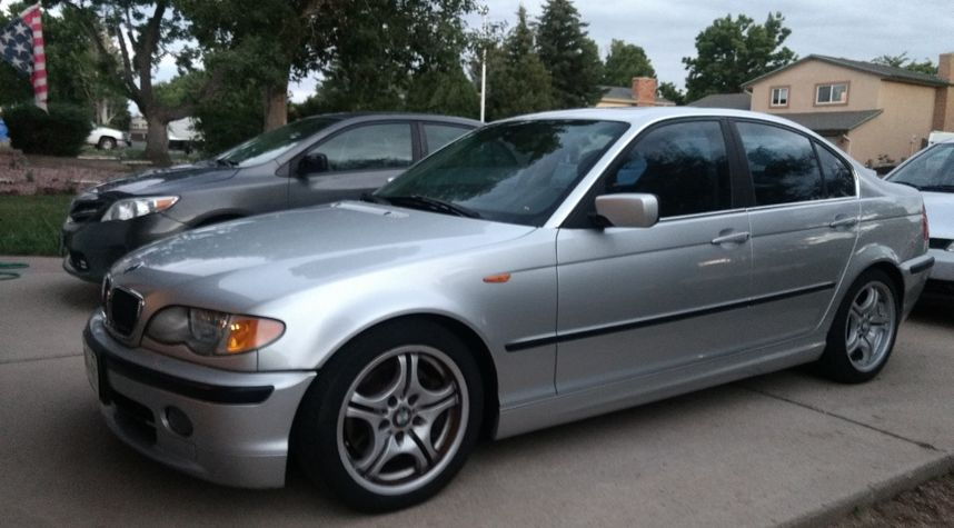 Main photo of Marshall Owens's 2002 BMW 3 Series