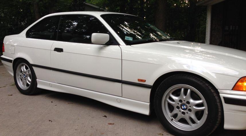 Main photo of Nathan Bush's 1997 BMW 3 Series