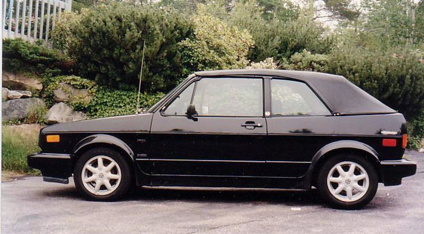 Main photo of James Henderson's 1988 Volkswagen Cabriolet