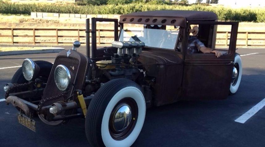 Main photo of Waylon Wire's 1932 Chevrolet Confederate