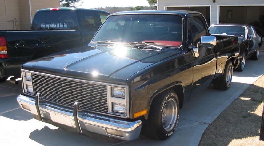 Main photo of Jerry Bourquin's 1985 Chevrolet C10/K10