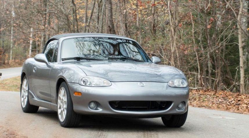 Main photo of Ed Stoner's 2002 Mazda MX-5 Miata
