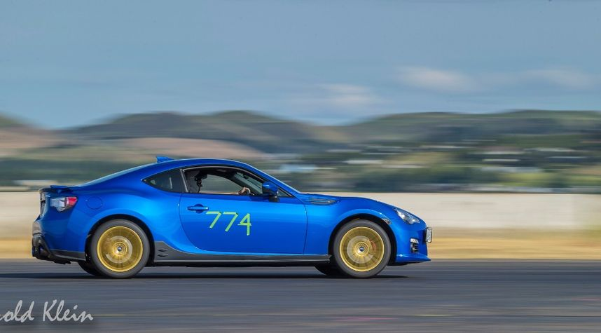 Main photo of Bob Thomas's 2014 Subaru BRZ