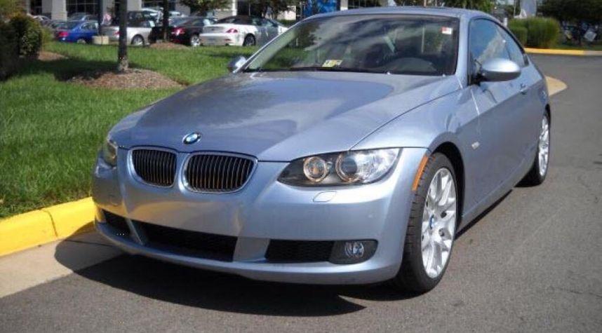 Main photo of Isaac Zibara's 2006 BMW 3 Series