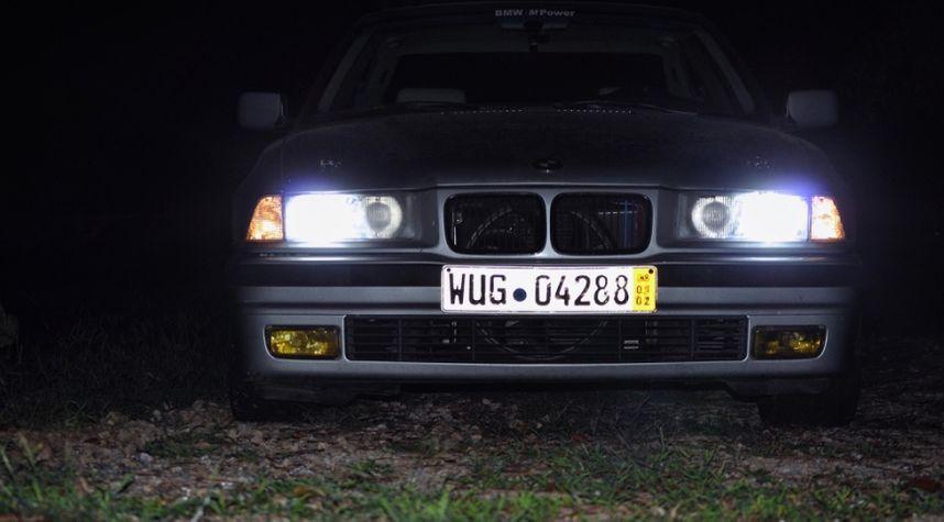 Main photo of Trey Hinkle's 1996 BMW 3_Series