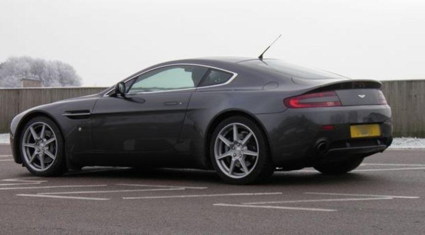 Main photo of Inside Lane's 2012 Aston Martin V8 Vantage