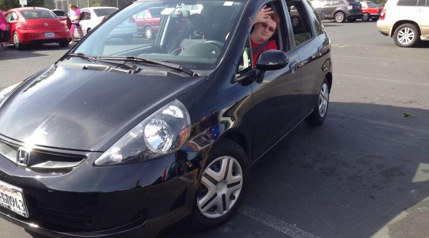 Main photo of Brendan Wilson's 2008 Honda Fit