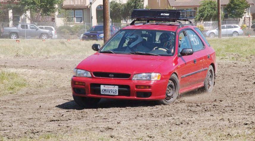 Main photo of Stephen Roth's 1998 Subaru Impreza