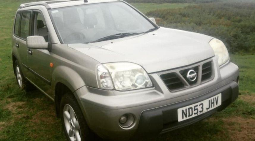 Main photo of Joe Quirk's 2003 Nissan X-Trail
