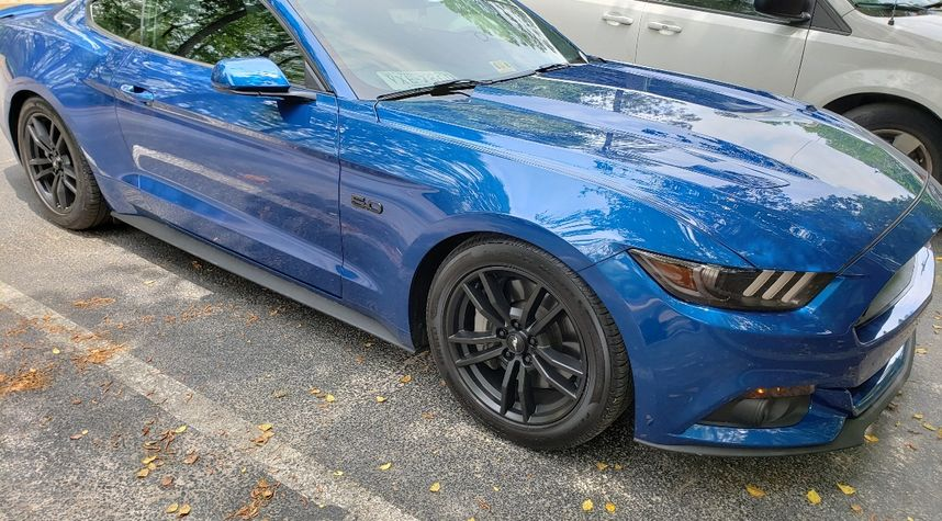 Main photo of Brenden Jackson's 2017 Ford Mustang