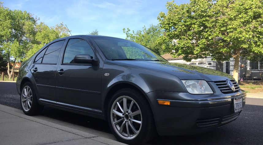 Main photo of Jack Lyster's 2003 Volkswagen Jetta