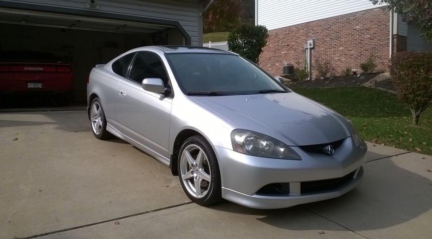 Main photo of Alec Raso's 2005 Acura RSX