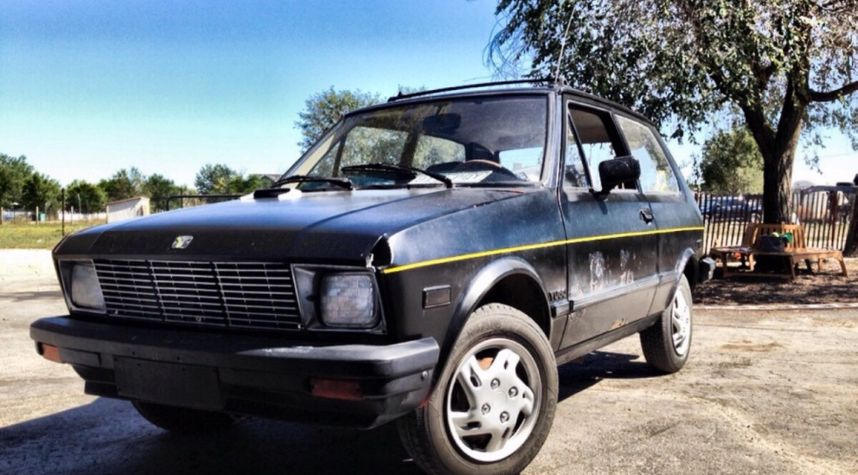 Main photo of Stevie Hearon's 1988 Yugo GV