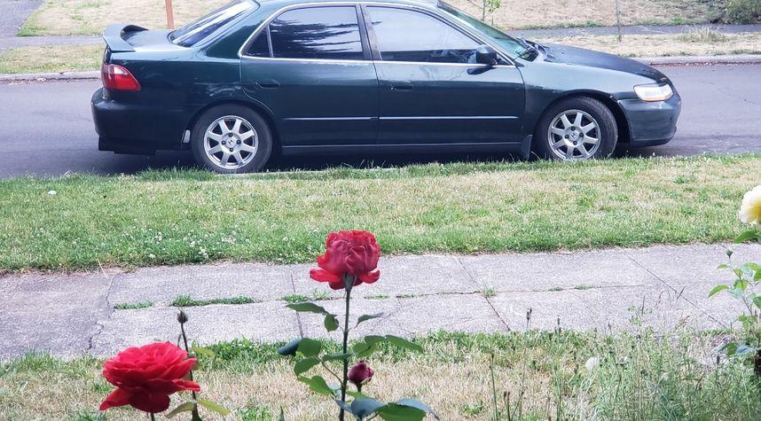 Main photo of Tim Whiteley's 1999 Honda Accord