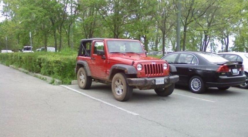 Main photo of Ryan Barker's 2008 Jeep Wrangler