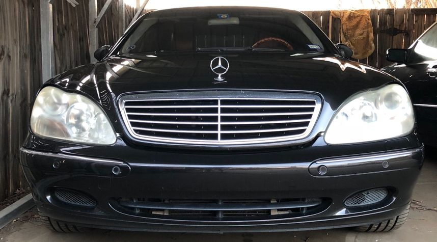 Main photo of Byron Strickland's 2001 Mercedes-Benz S-Class
