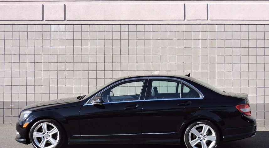 Main photo of Ryan Barker's 2011 Mercedes-Benz C-Class