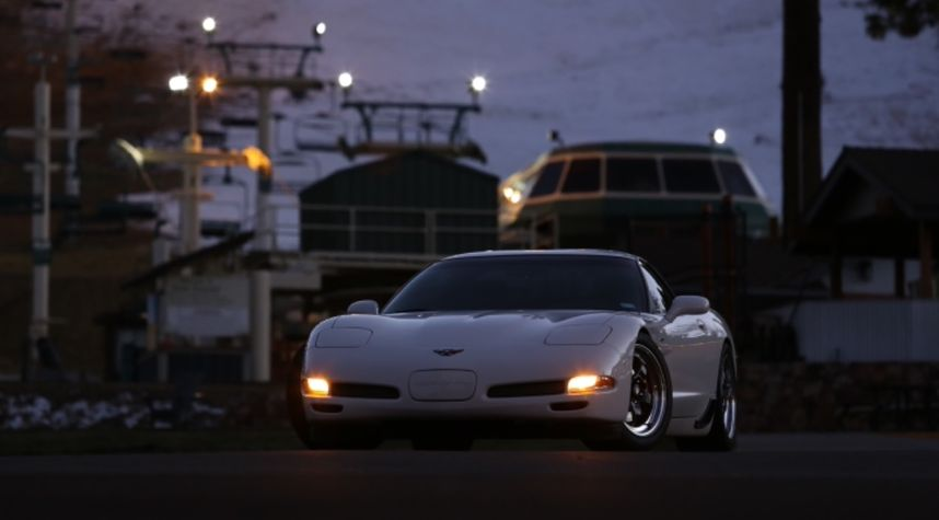 Main photo of Jason Connor's 2001 Chevrolet Corvette