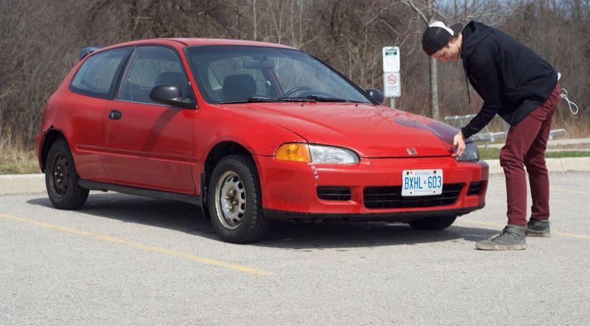 Main photo of Mike Dzialoszynski's 1993 Honda Civic