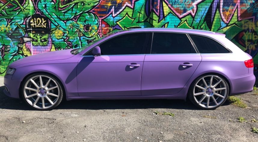 Main photo of Garrett Bradford's 2009 Audi A4