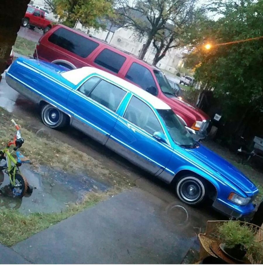 luis saldana s 1995 cadillac fleetwood on wheelwell 1995 cadillac fleetwood on wheelwell