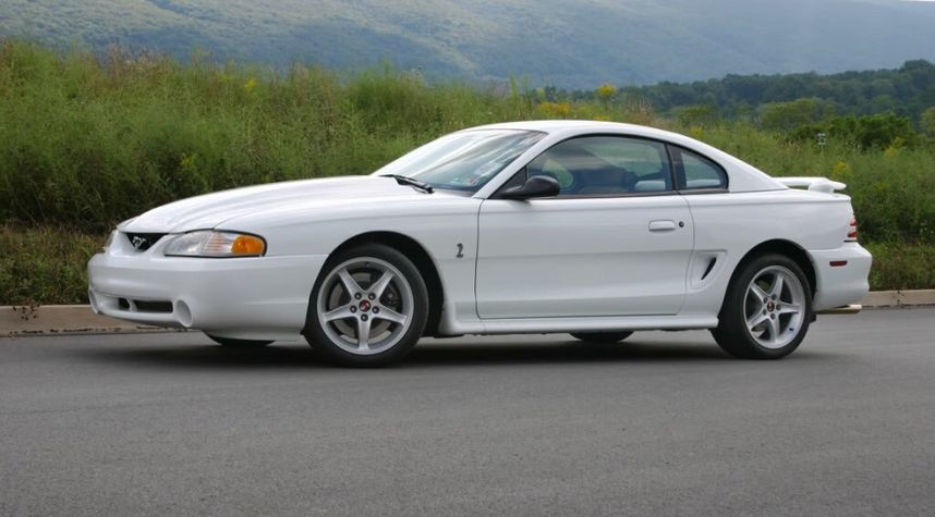 Main photo of Bryan Repollon Virula's 1998 Ford Mustang SVT Cobra