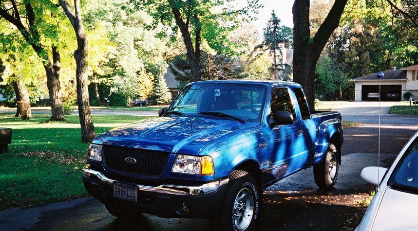 Main photo of Chris Witkowski's 2001 Ford Ranger