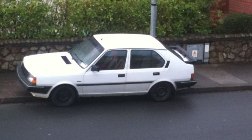 Main photo of Owen Whelan's 1991 Volvo 340
