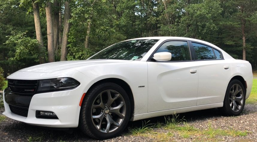 Main photo of Michael Mirassol's 2016 Dodge Charger