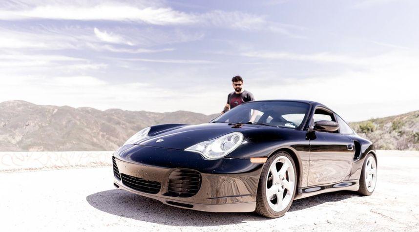 Main photo of Dean Clark's 2003 Porsche 911