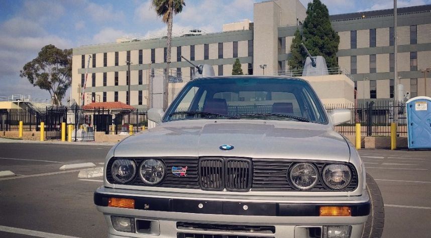Main photo of Ian Massey's 1991 BMW 3 Series