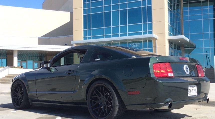 Main photo of Chandler West's 2009 Ford Mustang